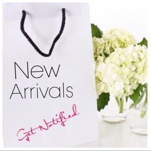 Sign Up For New Arrivals and Discounts